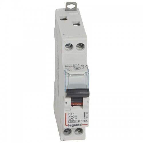 Disjoncteur DX3 6000 10kA arrivée haute et départ bas à vis U+N 230V~ - 20A - courbe C Legrand Réf: 407701