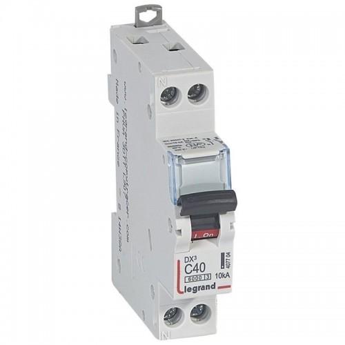 Disjoncteur DX3 6000 10kA arrivée haute et départ bas  vis U+N 230V~ - 40A courbe C Legrand Réf: 407704