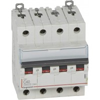 Disjoncteur DX³6000 10kA courbe C arrivée haute et départ bas à vis 4 pôles 400V 40A Legrand Réf: 407902