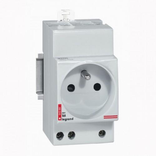 Prise modulaire 2P+T 16A Legrand : Réf: 004280