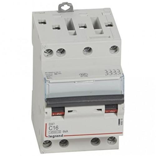Disjoncteur DNX3 16A courbe C 400V 4500-6kA arrivée et sortie à vis tétrapolaire 3 modules Legrand Réf: 406910
