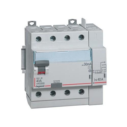 Interrupteur différentiel DX3 40A type AC 4 pôles 400V 30mA arrivée haut départ haut automatique Legrand Réf:  411652