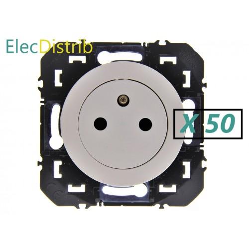 Lot de 50 Prises de courant Surface 2 P+T Blanc 16A Dooxie Legrand - Réf: 600335