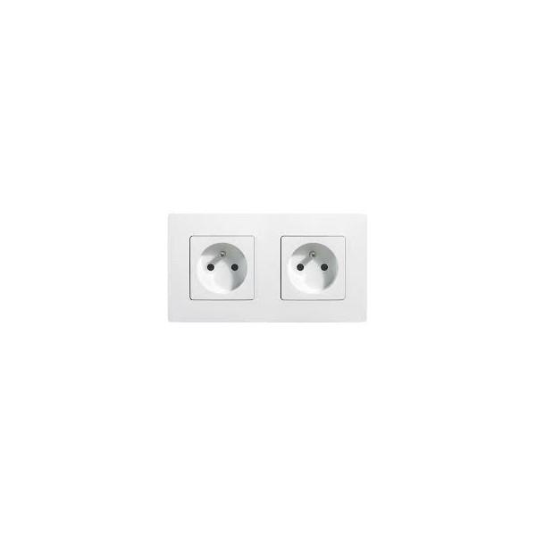 Double prises Niloe 2P + T Blanc Complet Réf: 664745