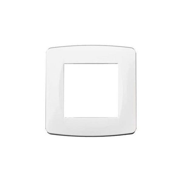 Plaque de finition simple blanche Réf: 61895