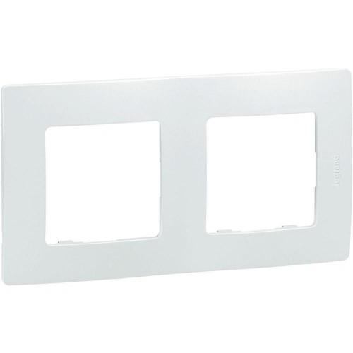 Plaque de finition double 2 postes Niloé Legrand Blanc Réf: 665002