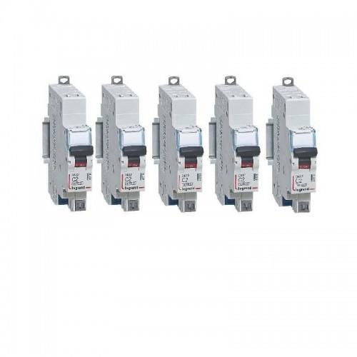 Lot de 5 Disjoncteurs Phase+Neutre DNX3 4500 6kA arrivée et sortie borne automatique - 1P+N 230V 2A Courbe C Legrand Réf: 406780