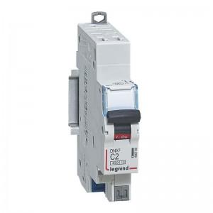 Disjoncteurs automatiques
